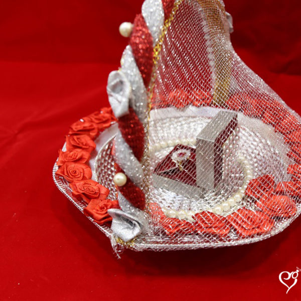ribbon-cutting-tray-red-basket-1-online-wedding-shopping