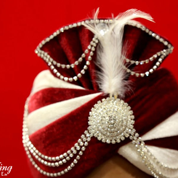 topi-red-cream-wedding-shopping-online
