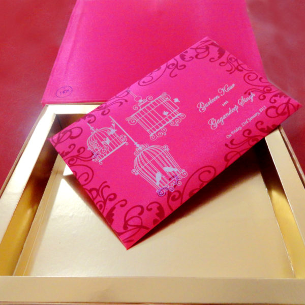 wedding-box-invitation-pink-wedding-shopping