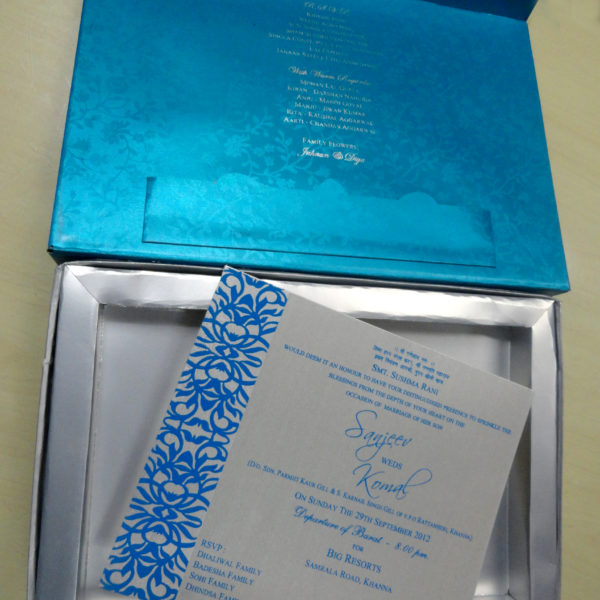 wedding-boxes-blue-invitation-cards-online-1