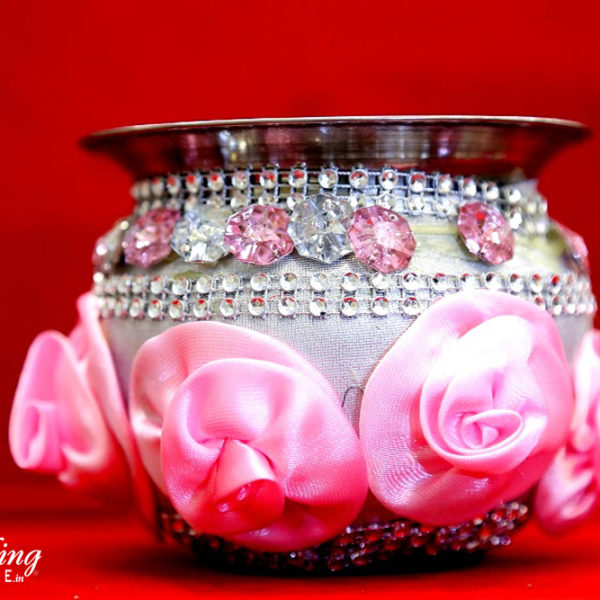 wedding-items-ghadvi-pink-wedding-shopping