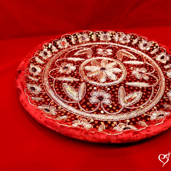 wedding-trays-red-wedding-essentials
